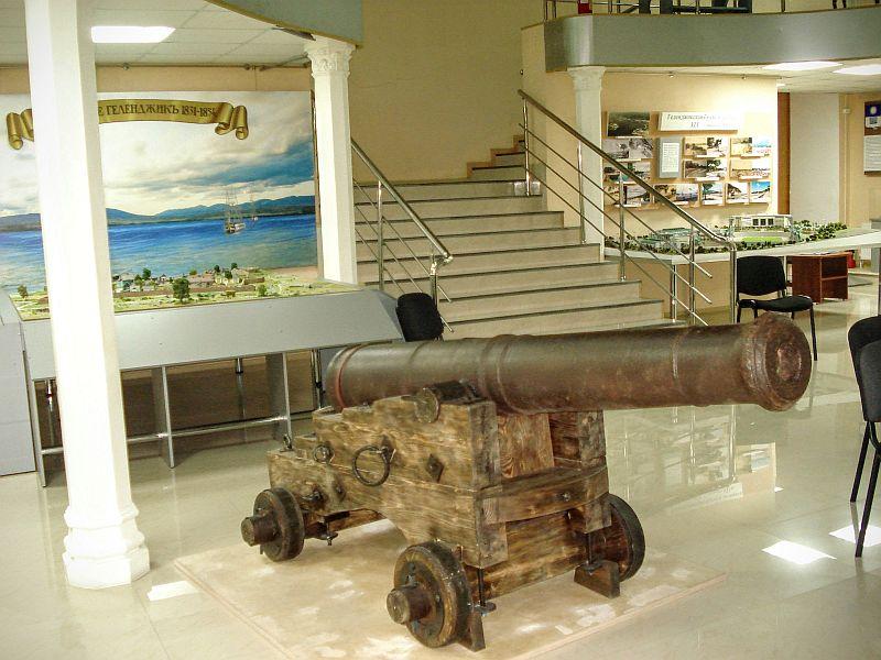 6-фунтовая артиллерийская пушка из Геленджикского укрепления времен Кавказской войны.