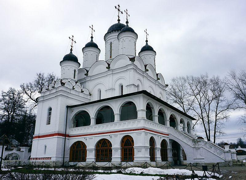 Спасо-Преображенский собор в Вяземах