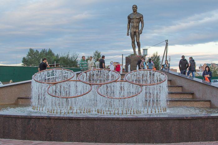 Памятник Ивану Ярыгину в Абакане